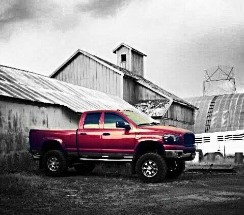 See more diesel truck photos at www.DieselTruckGallery.com  #Dodge #Ram #trucksatwork