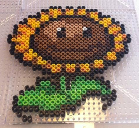 Plants vs ZombiesSunflower Bead Sprite Art MAGNET by SDKD on Etsy, $10.00