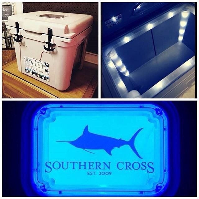 Perfect for tailgating!  Get your Southern Cross LIT cooler online or @tworedshoesboutique in Chester SC! #litcoolers #southerncross #coolers #tailgating #saturdaysinthesouth #southerncrossapparel #southerncrossapparelgirls