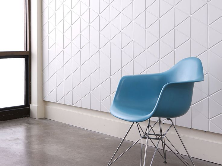 Use Studio by 3form's new Profile texture Trig for bold geometric patterns that provide movement to any space.