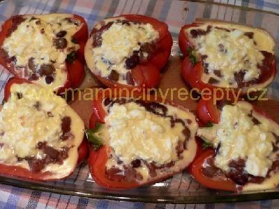zapečené papriky, plněné fazolemi, a další nápady na bezmasá jídla, fr! :)