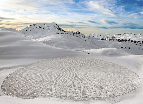 Check Out This Artist's Snow Murals And Prepare To Be Wowed