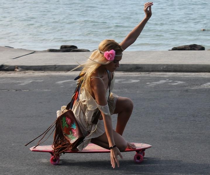 skate chicks- buffalo girl