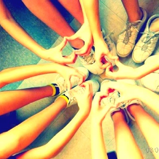 Cute cheer picture !