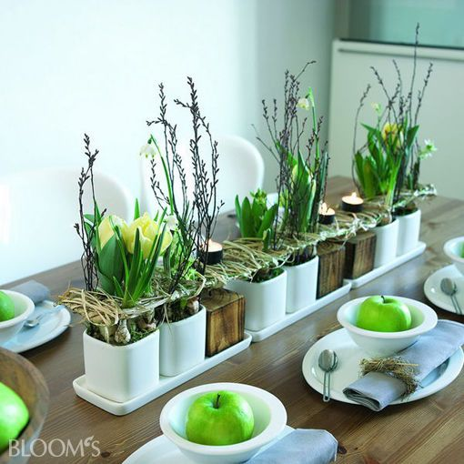 Panel with spring energy - Be inspired by the Asian practice of Feng Shui and cover the panel in the style of the element wood | DESIGN :: BLOOM's :: decorating ideas with flowers and plants