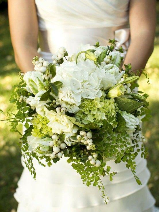 Hjärterum: BröllopsModboard, BORDSdukningar, brudbuketter.TÅRTOR,