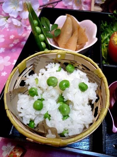 春色☆別炊きでつやつやグリンピースごはん!! by ぱおさん | レシピ ...