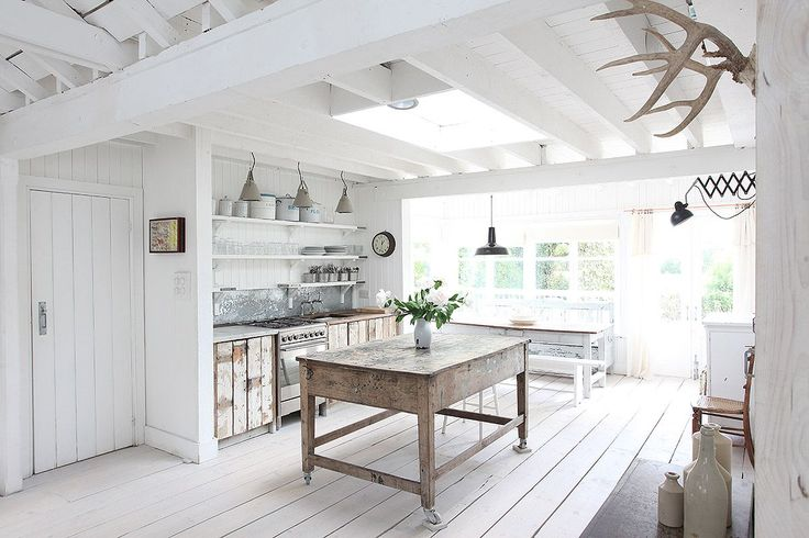 Stunning house 2 minutes from Winchelsea beach Spacious, versatile open plan living space Beautiful living space with ...
