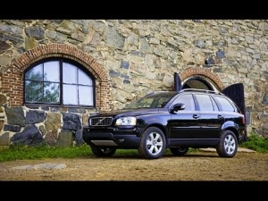 Volvo_XC90_2009 Top 3 Best Used SUVs With Third Row Seats http://blog.iseecars.com/2009/08/19/top-3-best-used-suvs-with-third-row-seats/