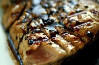 Tuna steaks with balsamic marinade