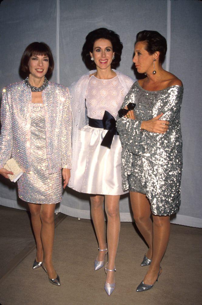 1990 (with Donna Karan and Carolyne Roehm)