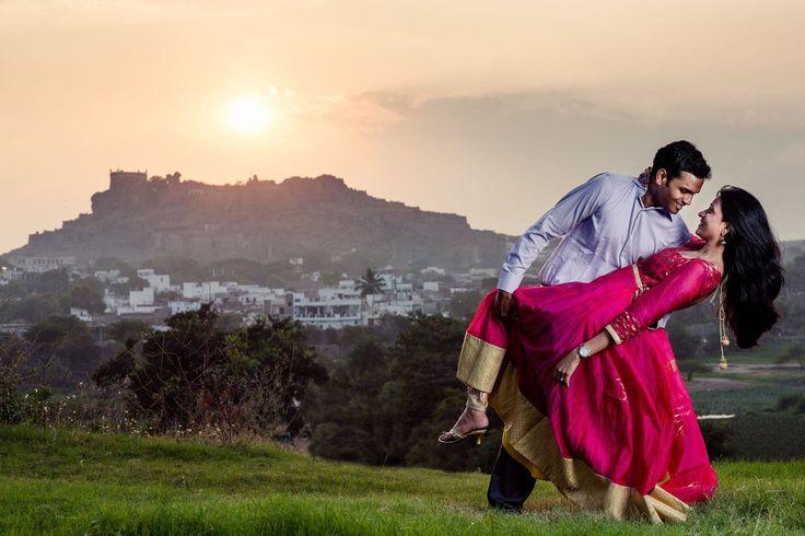 💋 Photo by Kishor Krishnamoorthi, Secunderabad #weddingnet#wedding #india #indian #indianwedding#weddingdresses#lehengasaree #saree #bridalsaree#weddingsaree#indianweddingoutfits #outfits #couple #sky#mountains #catched