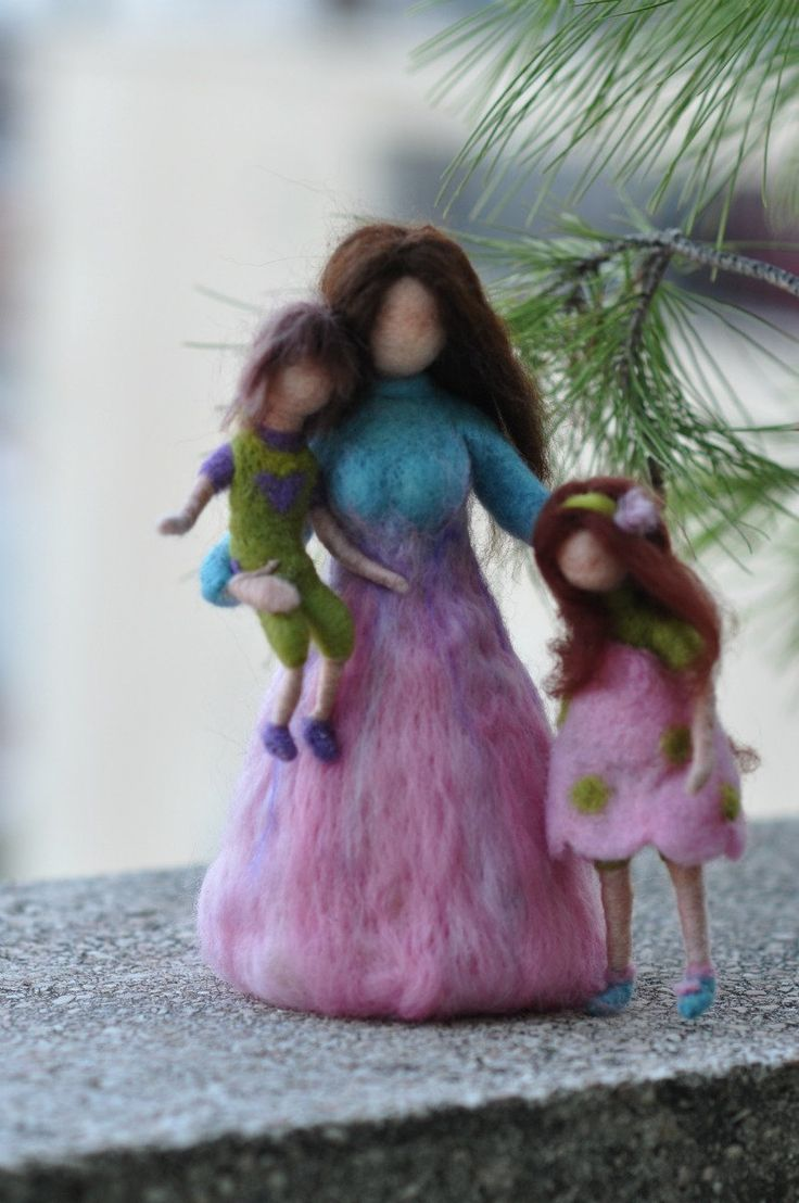 Needle Felted Waldorf-Mother and Two Children