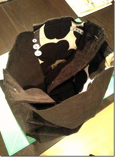 DIY - Hvordan vrengsy en fòret veske. #tutorials #tutorial #tut #diy #veske #handbag #sew #sewing #sy #søm #vrengsy