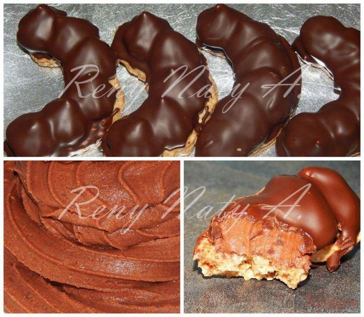 Traditionelle Pariser Kipferl – ein zarter Teig mit einer köstlichen Pariser Creme und mit geschmolzener Schokolade überzogen.