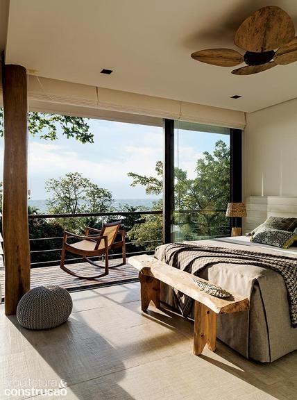 Revista Arquitetura e Construção - Casa de praia com paisagem de sonho