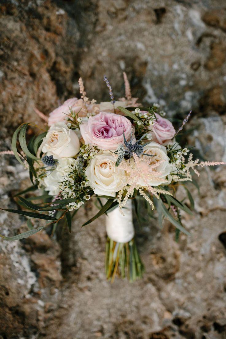 Juliet garden rose, peach astilbe, blue thistle, wedding bouquet // Q Avenue Photo                                                                                                                                                                                 Plus