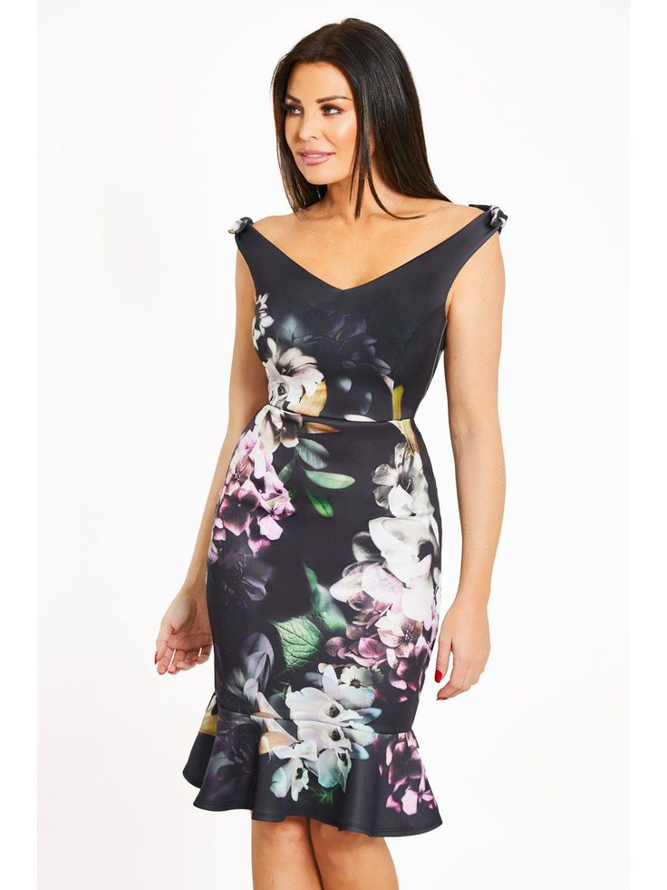 Jessica Wright Floral Bardot Bow Detail Fluted Hem Midi Dress Look elegant at occasions in Jessica Wright's floral and fluted hem dress. The lovely frock features beautiful bold blooms, with an off-the-shoulder V-neck bodice and sassy pencil skirt. The peplum flare to the hemline creates stunning strides as you walk the room.Wear with classic courts and a clutch to polish.Washing Instructions: Machine Washable