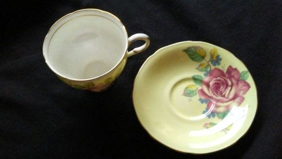 Check out this item in my Etsy shop https://www.etsy.com/ca/listing/398354551/paragon-by-appointment-fine-bone-china