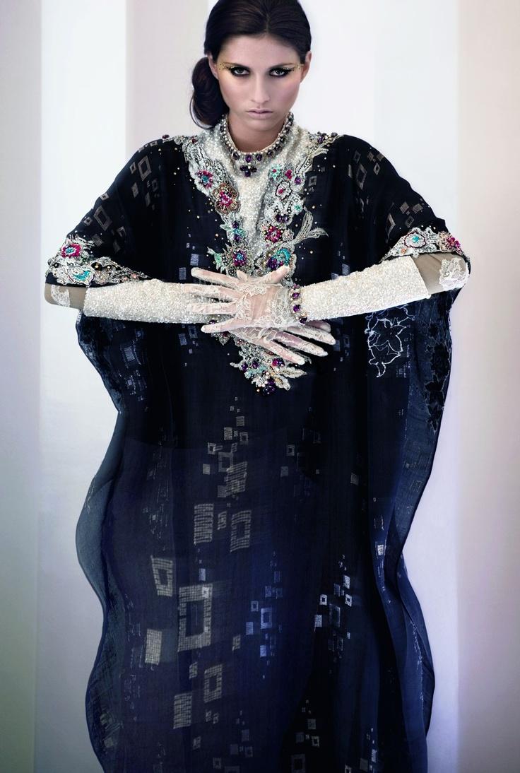 Kaftan Jalabiya & Jewellery by Melinda Looi, Fabric of Jalabiya by Royal Terengganu Songket made with SWAROVSKI ELEMENTS