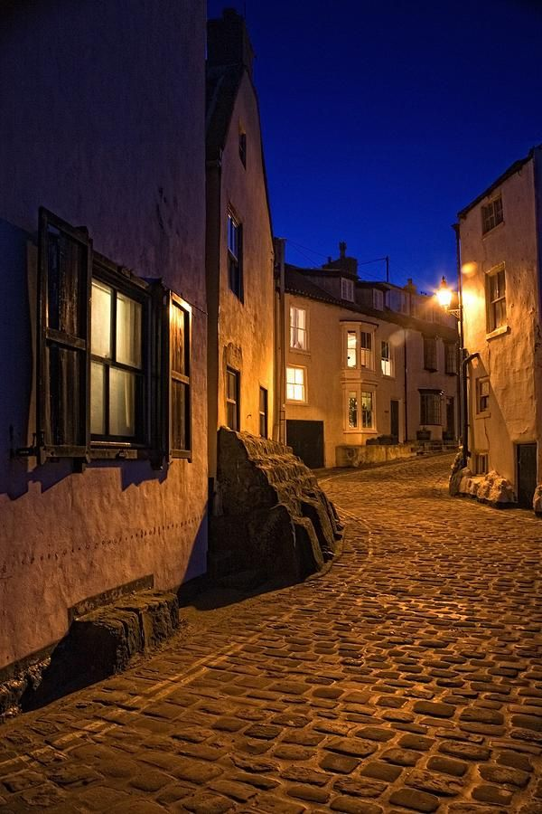 ✯ Cobblestone Road, North Yorkshire, England .... I want to walk this road...