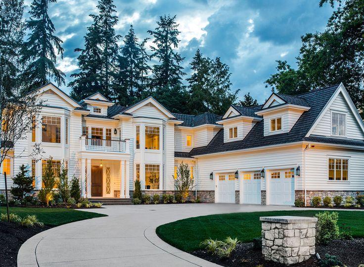 Dieser auffallend schöne, traditionelle Hausplan …