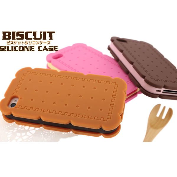 """My iPhone 4s Case No. 432. Strapya Biscuit Silicon case with interchangeable """"filling"""". Just got this from Asiatique for 500 baht. Yay!"""