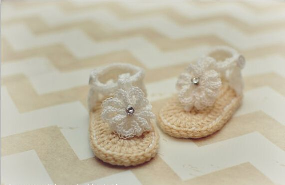 >> Click to Buy << Crochet Baby Sandals with white Flowers, Baby Gladiator Sandals, Baby Girl Crochet sandals #Affiliate