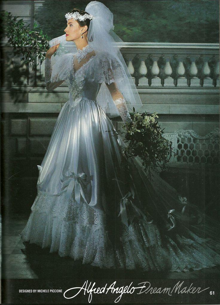 Piccione wedding dresses pictures