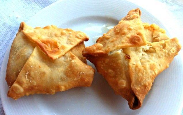 Γκιουζλεμέδες (τηγανητά τυροπιτάκια απ' τη Λέσβο)
