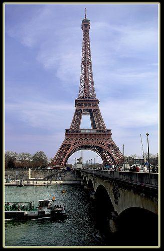 "6549-50- Paris ""Viva la France"" - 法国巴黎埃菲尔铁塔 * エッフェル塔、パリ、フランス* 에펠탑, 파리, 프랑스 *Eyfel Kulesi, Paris, Fransa *Tour Eiffel over 17 000 views"