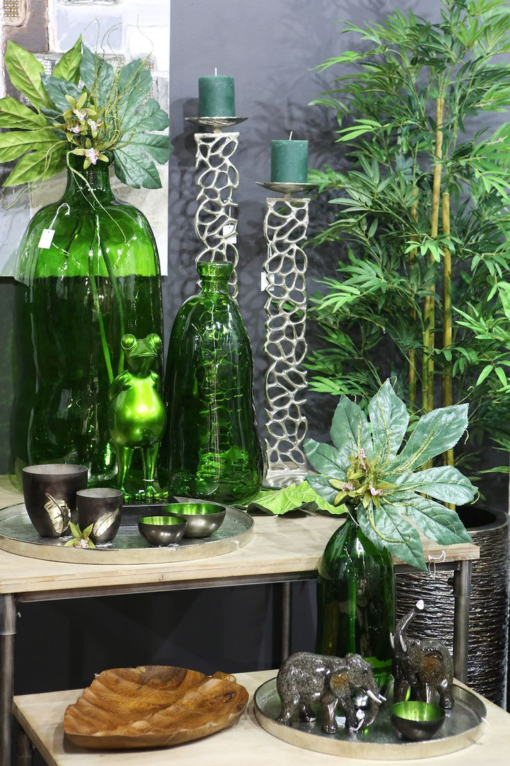 modern living room decoration idea, how to decorate with flowers, green living