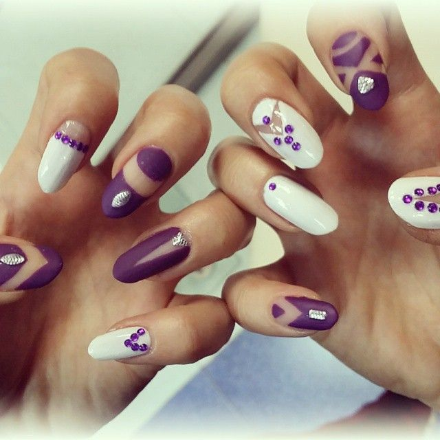 My pretty almond nails /white and violet/