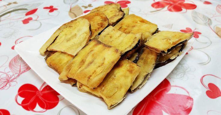Quando si friggono le melenzane queste hanno la tendenza ad assorbire troppo olio. Ecco, quindi, come fare delle Melenzane fritte asciutte e croccanti!