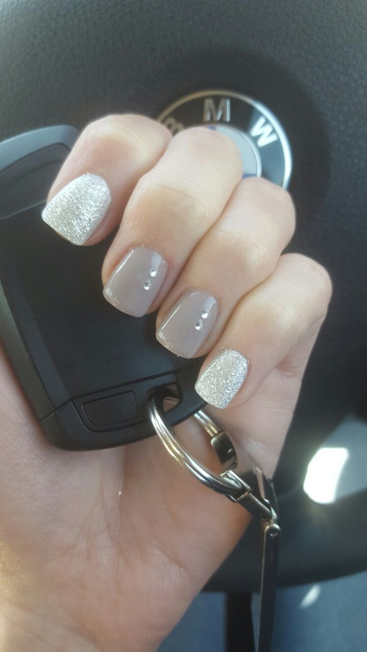 Winter gel nails 2016. Silver glitter with ash rose. Elegant and Classy