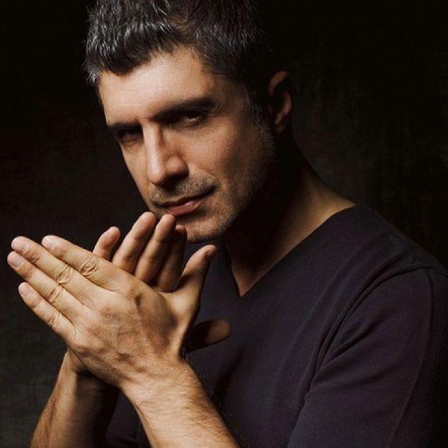 """VIDEO Ozcan Deniz, Kahraman din """"Ziua in care mi s-a scris destinul"""", canta dumnezeieste! Iata-l live, noua ni s-a facut pielea de gaina   KFetele"""