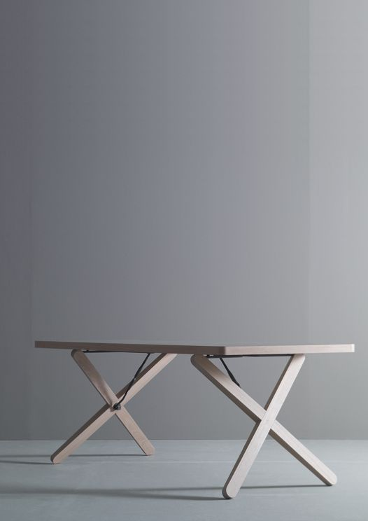 X-table | table . Tisch | Design made in Germany: Werner Aisslinger | Böwer |