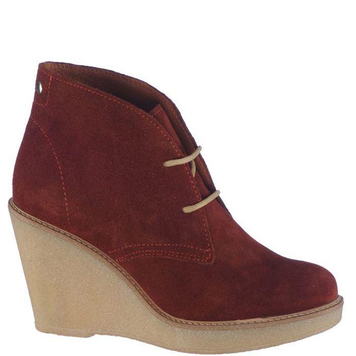 Ghete cu platforma, de dama marca Bonneville Fete: piele naturala Interior: textil + piele naturala Talpa:Sintetic Platforma fata: 1,5 cm Toc: 8,5 cm