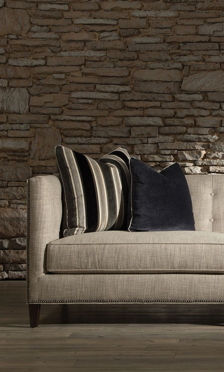 Simple And Sophisticated Huntington House 7707 20 Sofa Furniture Interiordesign Transitional