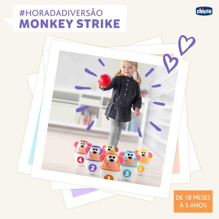 HAPPY TIME! DIVERSÃO SEM SAIR DE CASA! <3 Com o Monkey Strike, seu pequeno vai ficar entretido por longos períodos. Além de jogar boliche, com os 6 pinos divertidos e coloridos ele vai poder brincar de encaixar as peças e empilhar. O Monkey Strike estimula a criatividade e a coordenação manual.