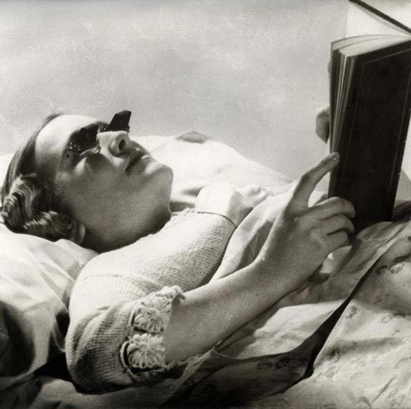 Gafas para leer en la cama