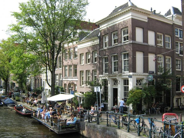 This customizable private walking tour of the Amsterdam Jordaan Area will show many of its highlights from a local perspective. Besides being one of the city's hotspots today, the district also has a long history as a working class area. Travel with Tourboks.