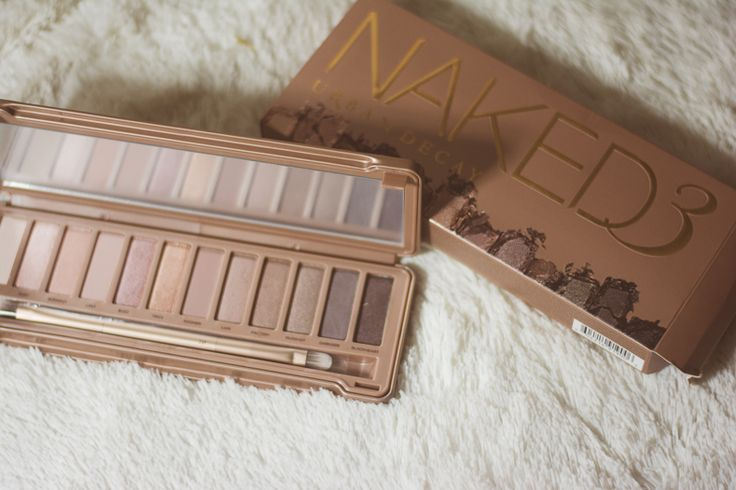 Oh my goodness! I am so excited! Urban Decay Naked 3!!! The colors look so pretty and more on the pink side.