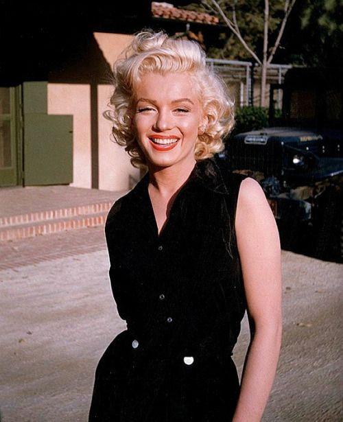 """marilyn-monroe-collection: """" Marilyn Monroe photographed in 1953. """""""