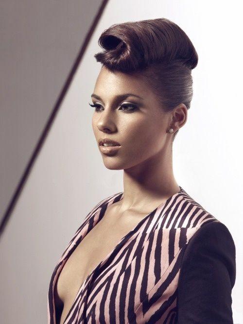Alicia Keys stunning hair style