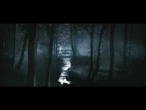 Conoce las 100 mejores películas de terror: esta primera parte la dedicamos a las cintas de fantasmas, casas embrujadas, posesiones, exorcismos y demonios Lars Von Trier, Willem Dafoe, Cabins In The Woods, Cannes Film Festival, Best Actress, Filmmaking, Horror Books, Horror Films, Ghosts
