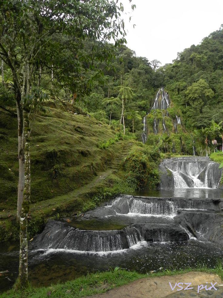 Colombia, Termales de Santa Rosa