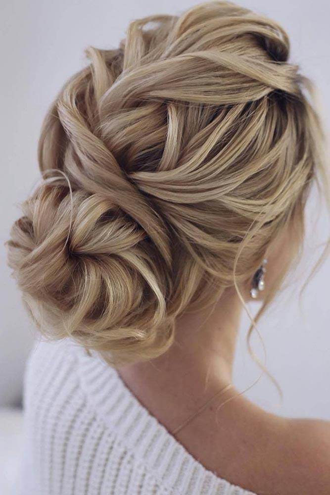 Fantastic Chignon Hairstyles For Feminine And Stylish Women Hair Styles Chignon Hair Hair Up Styles