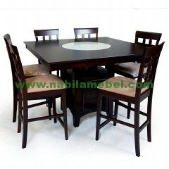 Meja Makan Jati Minimalis Jakarta merupakan produk furniture jepara terbaru yang kami produksi dengan desain minimalis serta dilapisi dengan jok busa yang merupakan produk terbaru mebel jepara