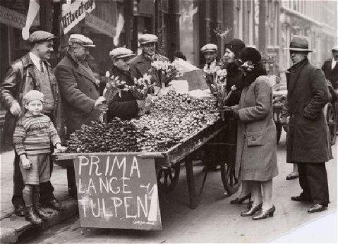 #tulpenman #bloemenverkoper  www.vivier.nl